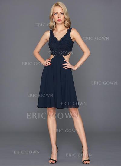A-Line/Princess V-neck Knee-Length Chiffon Cocktail Dress (016124570)