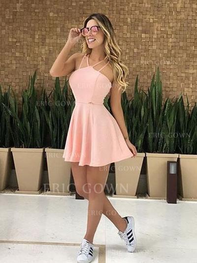 A-Line/Princess V-neck Short/Mini Homecoming Dresses With Ruffle (022219404)