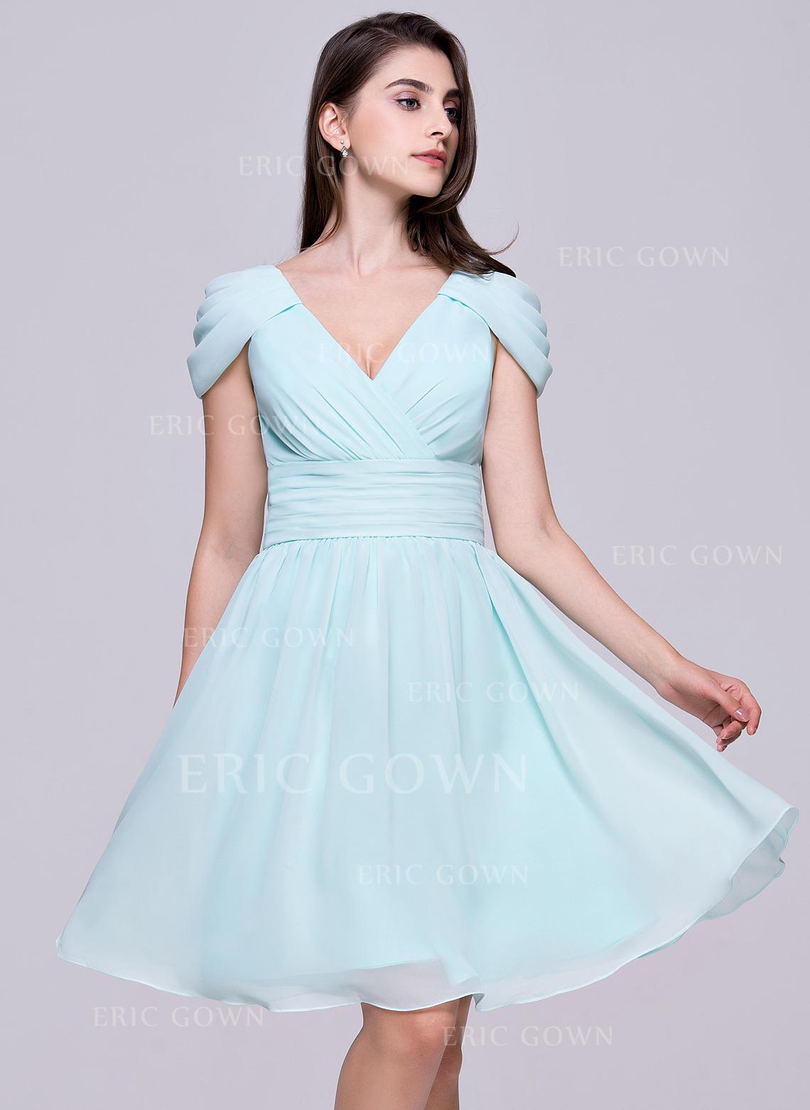 321c2b3d45b A-Line Princess V-neck Knee-Length Chiffon Homecoming Dresses With Ruffle.  Loading zoom