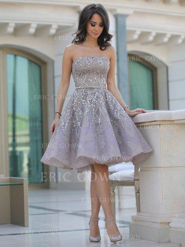 1d77baec9 Corte A Princesa Sin tirantes Corto Mini Satén Vestidos de noche con  Volantes Fajas. Loading zoom. Cargando
