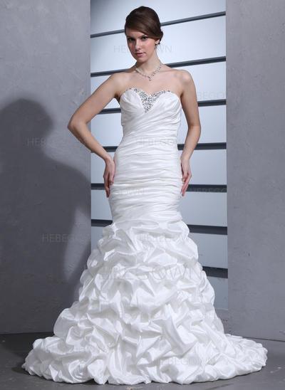 Häpnadsväckande Taft Bröllopsklänningar Trumpet/Sjöjungfru Court släp Älsklingsringning Ärmlös (002000670)
