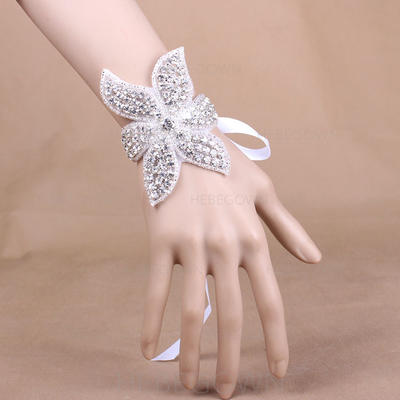 """Wrist Corsage Wedding/Party Satin 3.94"""" (Approx.10cm) The color of embellishments are shown as picture/The length of wrist corsage is adjustable Wedding Flowers (123188766)"""