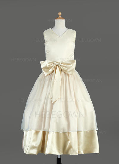 Neueste Duchesse-Linie Organza/Charmeuse Blumenmädchenkleider Wadenlang V-Ausschnitt Ärmellos (010014636)