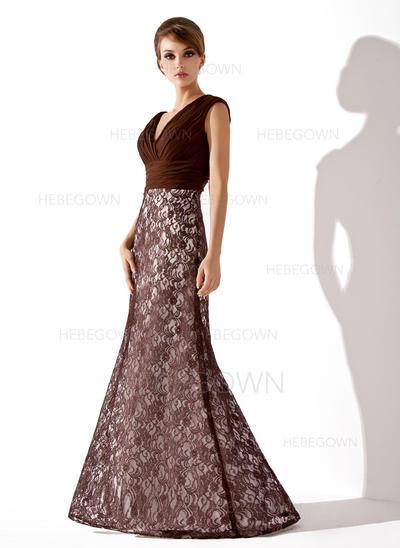 Spitze Ärmellos Kleider für die Brautmutter V-Ausschnitt Trompete/Meerjungfrau-Linie Rüschen Bodenlang (008005684)