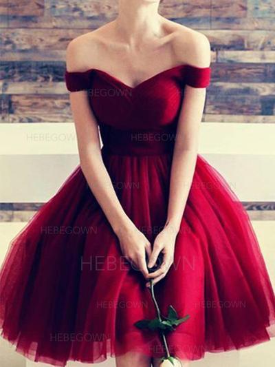 A-Line/Princess Ruffle Homecoming Dresses Off-the-Shoulder Sleeveless Knee-Length (022216343)