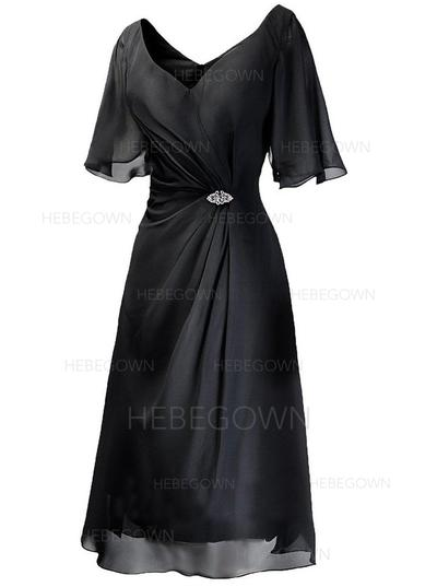 Chiffon 1/2 Sleeves Mother of the Bride Dresses V-neck A-Line/Princess Ruffle Crystal Brooch Tea-Length (008146377)