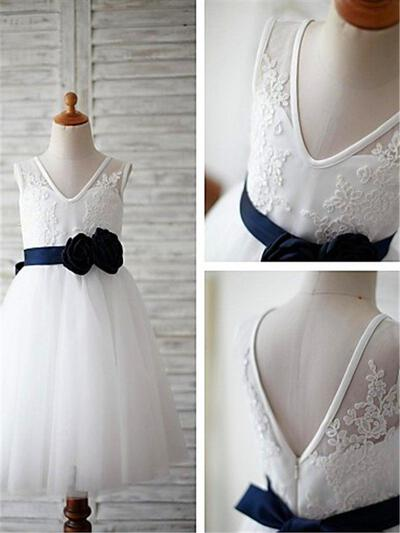 A-Line/Princess V-neck Ankle-length With Appliques Tulle Flower Girl Dresses (010211960)