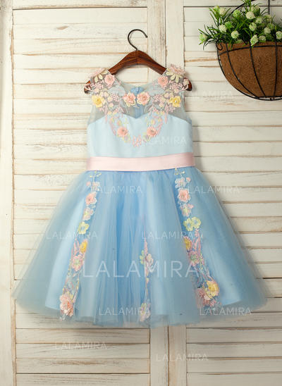 A-Line/Princess Knee-length Flower Girl Dress - Satin/Tulle/Lace Sleeveless Scoop Neck With Flower(s) (010130895)