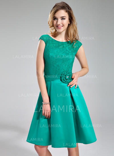 Scoop Neck Knee-Length Satin Lace Newest Bridesmaid Dresses (007197784)