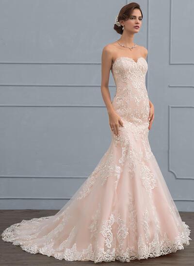 Trumpet/Mermaid Sweetheart Court Train Tulle Lace Wedding Dress (002117030)