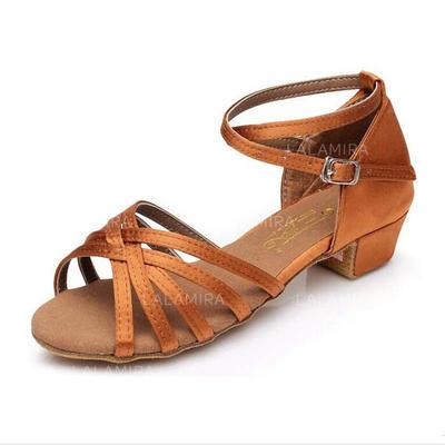 Niños Danza latina Sandalias Planos Satén con Tira de tobillo Zapatos de danza (053009738)