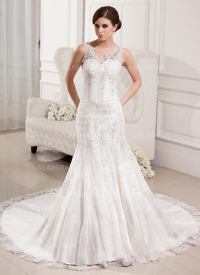 Trumpet/Mermaid Sweetheart Chapel Train Wedding Dresses With Beading (002000330)