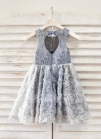 A-Line/Princess Knee-length Flower Girl Dress - Lace Sleeveless Scoop Neck With Bow(s)/Back Hole (010091418)