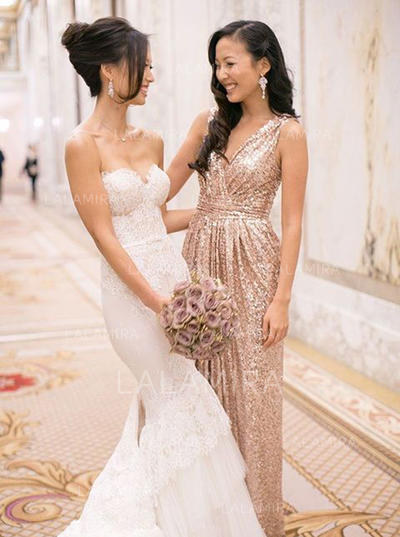 A-Line/Princess Sequined Bridesmaid Dresses Ruffle V-neck Sleeveless Floor-Length (007145149)