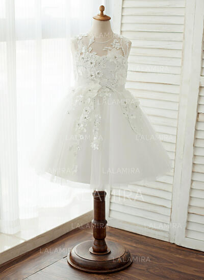 A-Line/Princess Knee-length Flower Girl Dress - Tulle/Lace Sleeveless Scoop Neck With Appliques (010122561)
