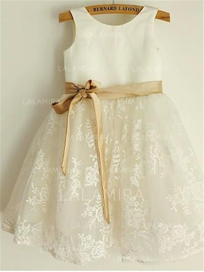 Scoop Neck A-Line/Princess Flower Girl Dresses Satin/Lace Sash/Bow(s) Sleeveless Knee-length (010211874)