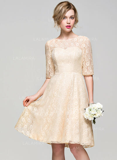 A-Line/Princess Scoop Neck Knee-Length Lace Bridesmaid Dress (007072797)