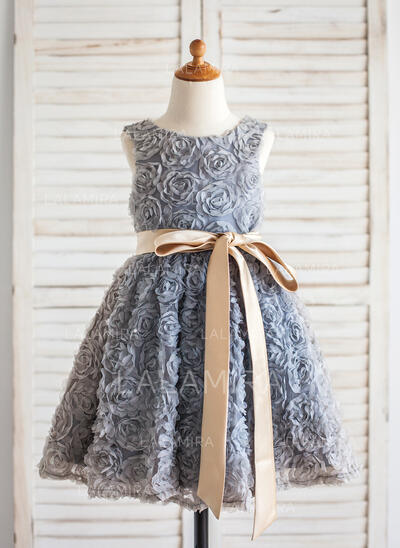 A-Line/Princess Knee-length Flower Girl Dress - Lace Sleeveless Scoop Neck With Sash/Flower(s) (010092594)