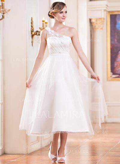 Vestidos princesa/ Formato A Um ombro Comprimento médio Tule Vestido de noiva com Pregueado Beading fecho de correr lantejoulas (002047393)