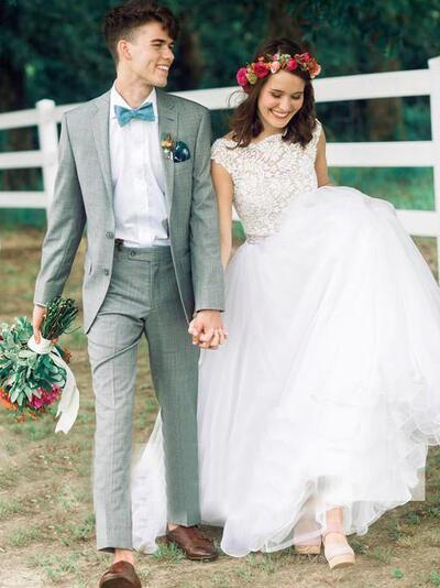 Beading Sleeveless Ball-Gown - Organza Wedding Dresses (002144877)