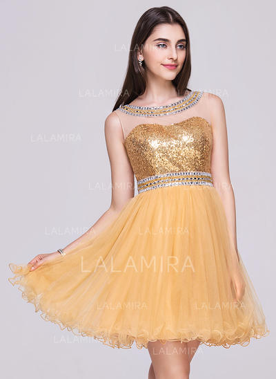 A-Line/Princess Short/Mini Tulle Sequined Scoop Neck Homecoming Dresses (022068033)