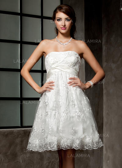 Lace Sleeveless Empire With Princess Wedding Dresses (002000221)