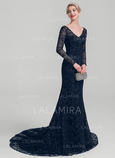 Trumpet/Mermaid V-neck Court Train Lace Mother of the Bride Dress With Beading Sequins (008114237)