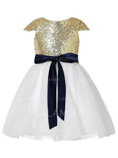 Scoop Neck A-Line/Princess Flower Girl Dresses Tulle/Sequined Sash Short Sleeves Knee-length (010211869)