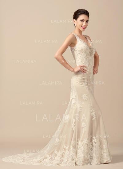 Trumpet/Mermaid V-neck Sweep Train Tulle Wedding Dress With Beading (002066958)
