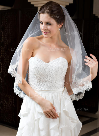 Fingertip Bridal Veils Tulle One-tier Mantilla With Lace Applique Edge Wedding Veils (006151439)