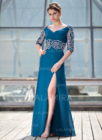 A-Line/Princess Chiffon Stunning V-neck Mother of the Bride Dresses (008210430)