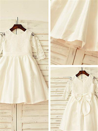 Scoop Neck A-Line/Princess Flower Girl Dresses Taffeta/Lace Bow(s)/Pleated Long Sleeves Tea-length (010211998)