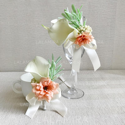 Wrist Corsage/Boutonniere Free-Form Wedding/Party/Casual (set of 2) Wedding Flowers (123190248)