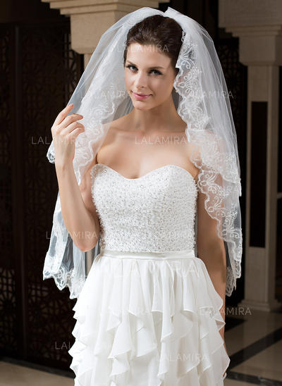 Fingertip Bridal Veils Tulle Two-tier Classic With Lace Applique Edge Wedding Veils (006151283)