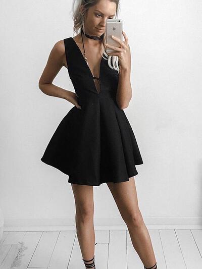 Curto/Mini Vestidos princesa/ Formato A Decote V Cetim Vestidos de cocktail (016145271)