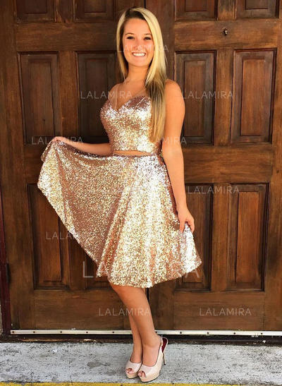 A-Line/Princess V-neck Knee-Length Sequined Homecoming Dresses With Ruffle (022212433)