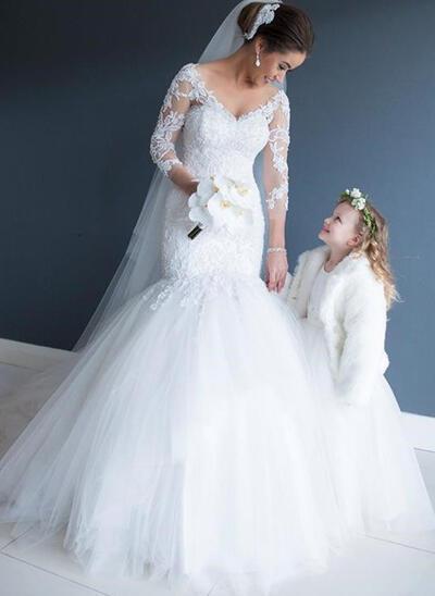 3/4 Length Sleeves V-neck Court Train Tulle Wedding Dresses (002147865)