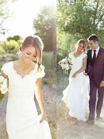 V-neck Trumpet/Mermaid Wedding Dresses Chiffon Lace Sleeveless Sweep Train (002213509)