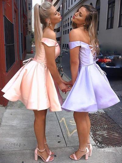 Vestidos princesa/ Formato A Curto/Mini Cetim Off-the-ombro Vestidos de boas vindas (022219299)