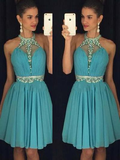 A-Line/Princess Halter Knee-Length Chiffon Homecoming Dresses With Sequins (022212339)