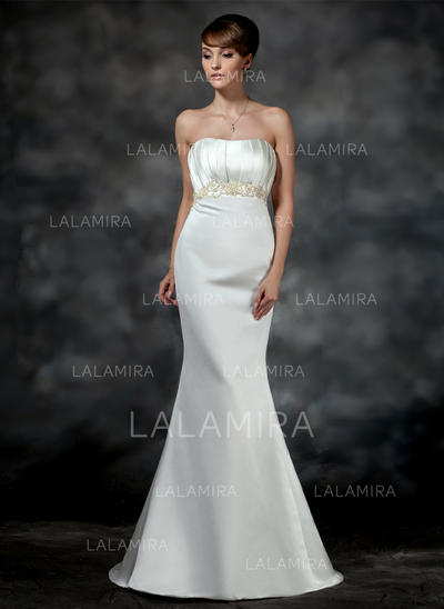 Trumpet/Mermaid Sweetheart Court Train Wedding Dresses With Ruffle Beading (002196855)