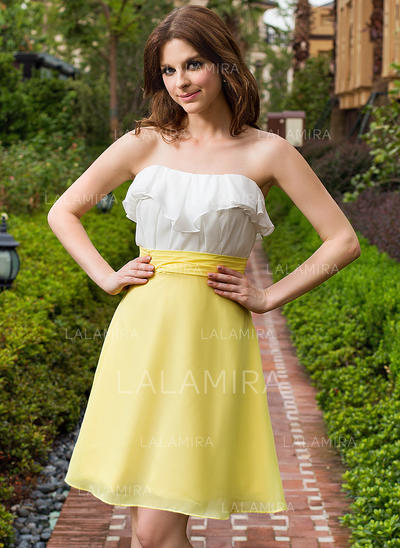 A-Line/Princess Sweetheart Knee-Length Homecoming Dresses With Cascading Ruffles (022213982)