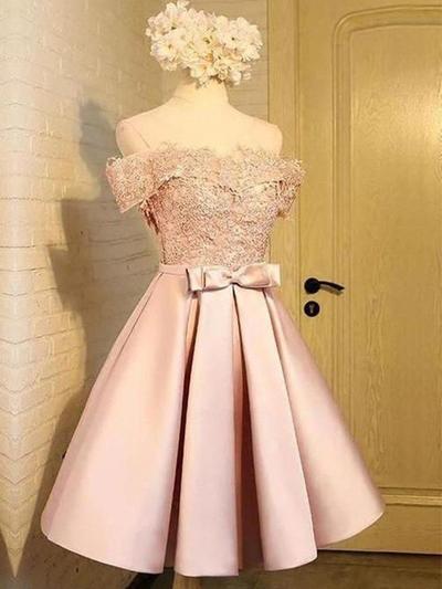Vestidos princesa/ Formato A Coquetel Cetim Off-the-ombro Vestidos de boas vindas (022219300)