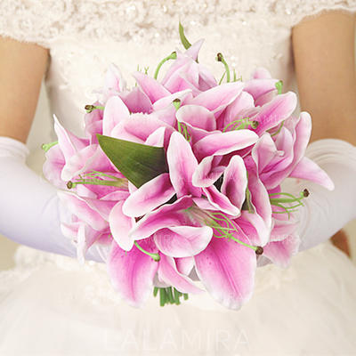 """Bridal Bouquets/Bridesmaid Bouquets Hand-tied Wedding/Party/Casual Artificial Silk 9.45""""(Approx.24cm) Wedding Flowers (123189409)"""