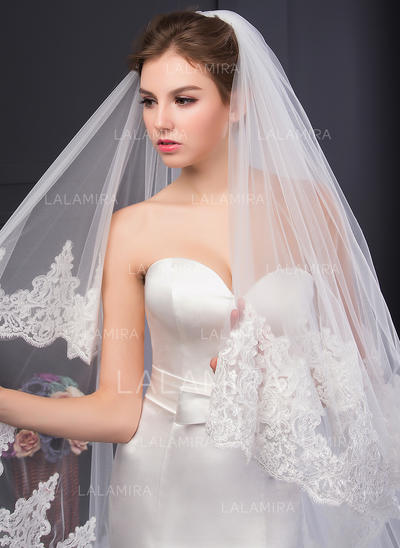 Cathedral Bridal Veils Two-tier Oval With Lace Applique Edge With Lace Wedding Veils (006152534)