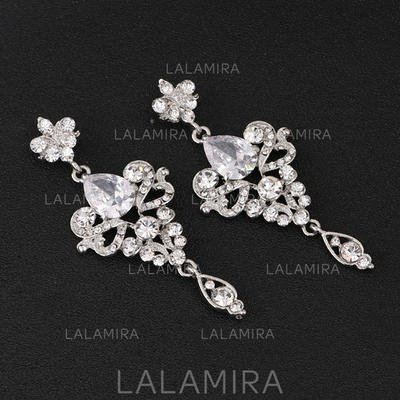 Earrings Alloy/Rhinestones Pierced Ladies' Beautiful Wedding & Party Jewelry (011167297)