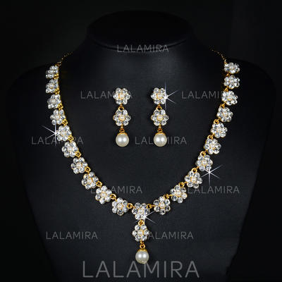 Jewelry Sets Alloy/Rhinestones Lobster Clasp Pierced Ladies' Wedding & Party Jewelry (011167262)