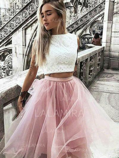 Scoop Neck A-Line/Princess Tulle Magnificent Homecoming Dresses (022212443)