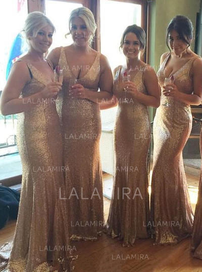 Chic Trumpet/Mermaid V-neck Sequined Bridesmaid Dresses (007145135)