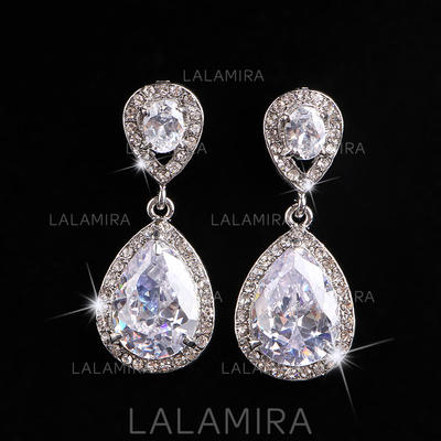 Earrings Alloy/Rhinestones Pierced Ladies' Beautiful Wedding & Party Jewelry (011167283)